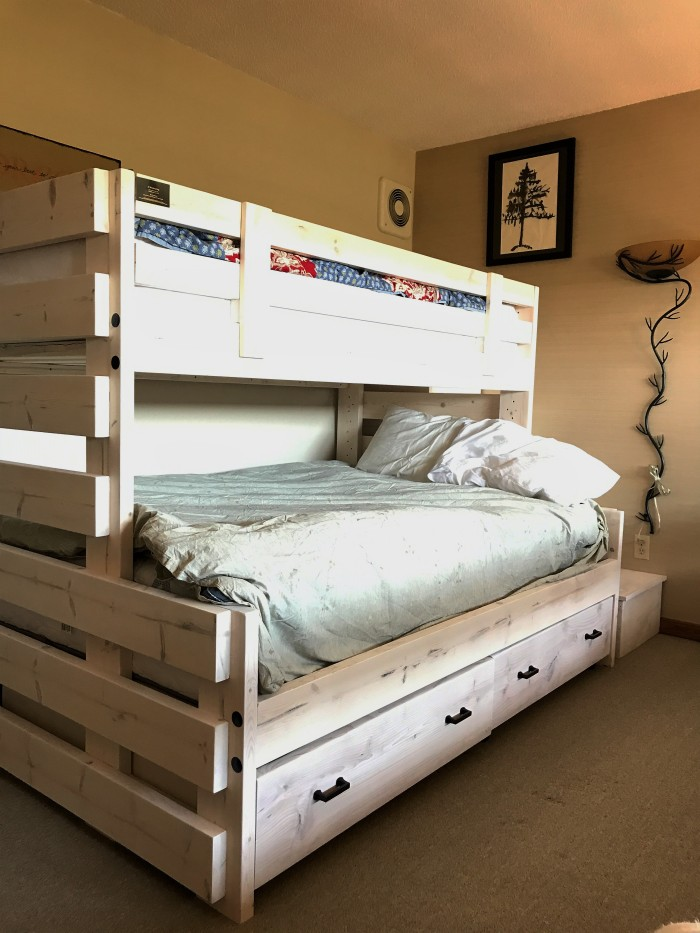 New bunk bed in 142C at Caribou Highlands in Lutsen MN - www.FromLutsenwithLove.com