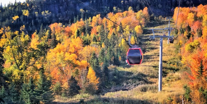 Autum gondola ride at Lutsen Mountains, www.FromLutsenwithLove.com