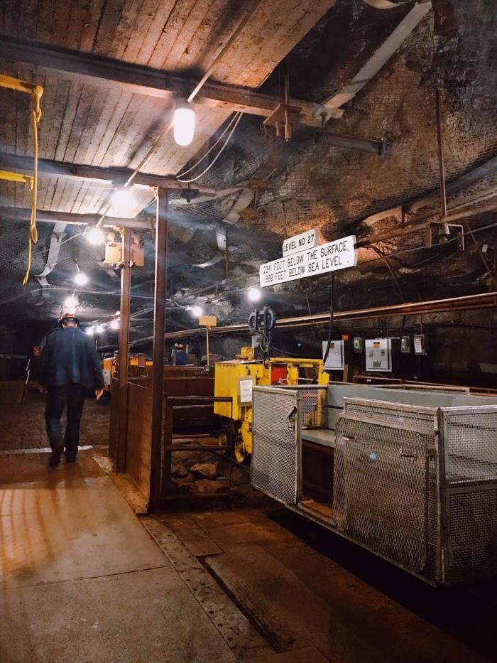 Soudan_Mine_Soudan_Minnesota_Underground